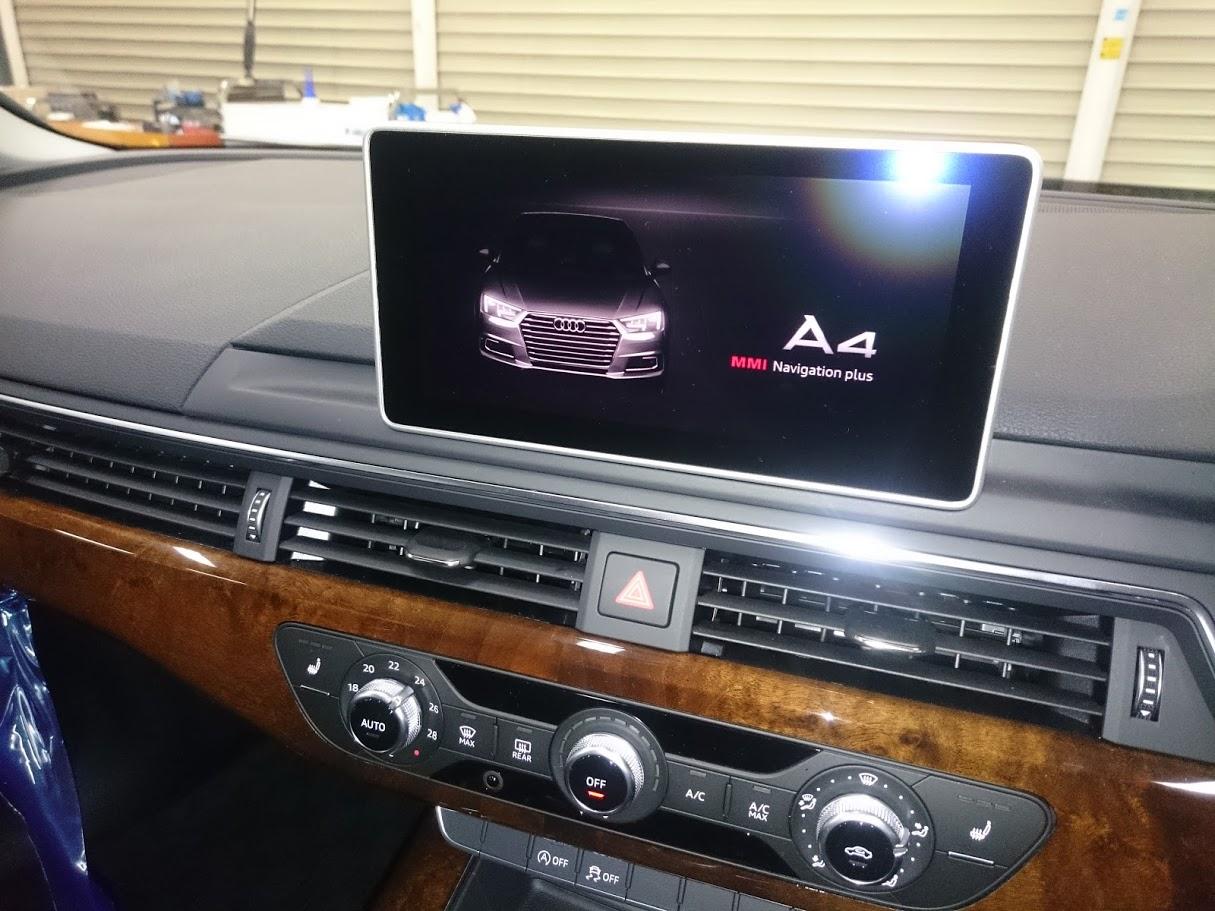 アウディA4 AVインターフェィス・バックカメラ取付