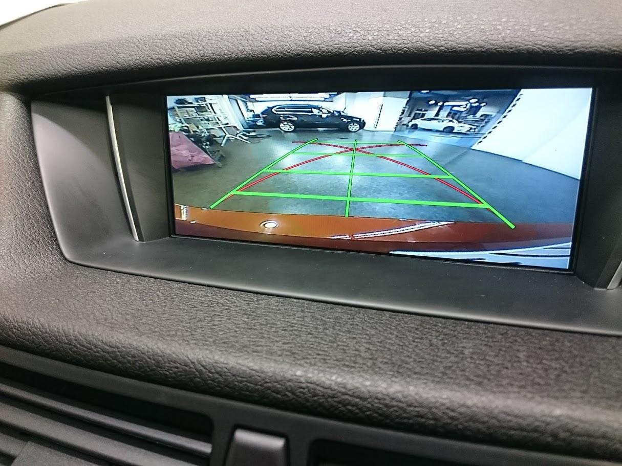 BMW X1 AVインターフェィス・バックカメラ取付