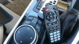 BMW218D AVインターフェイス・地デジチューナー取付