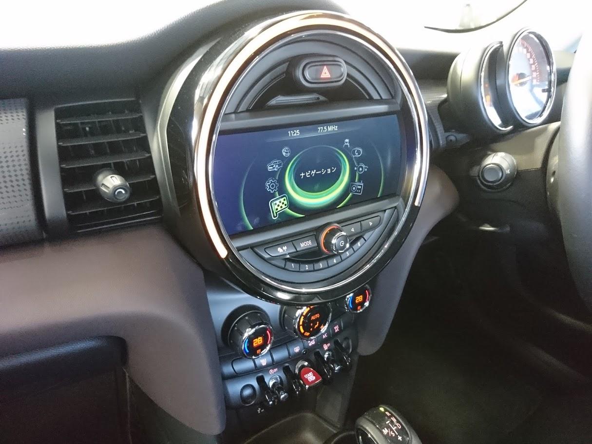 BMW ミニ AVインターフェィス・バックカメラ取付