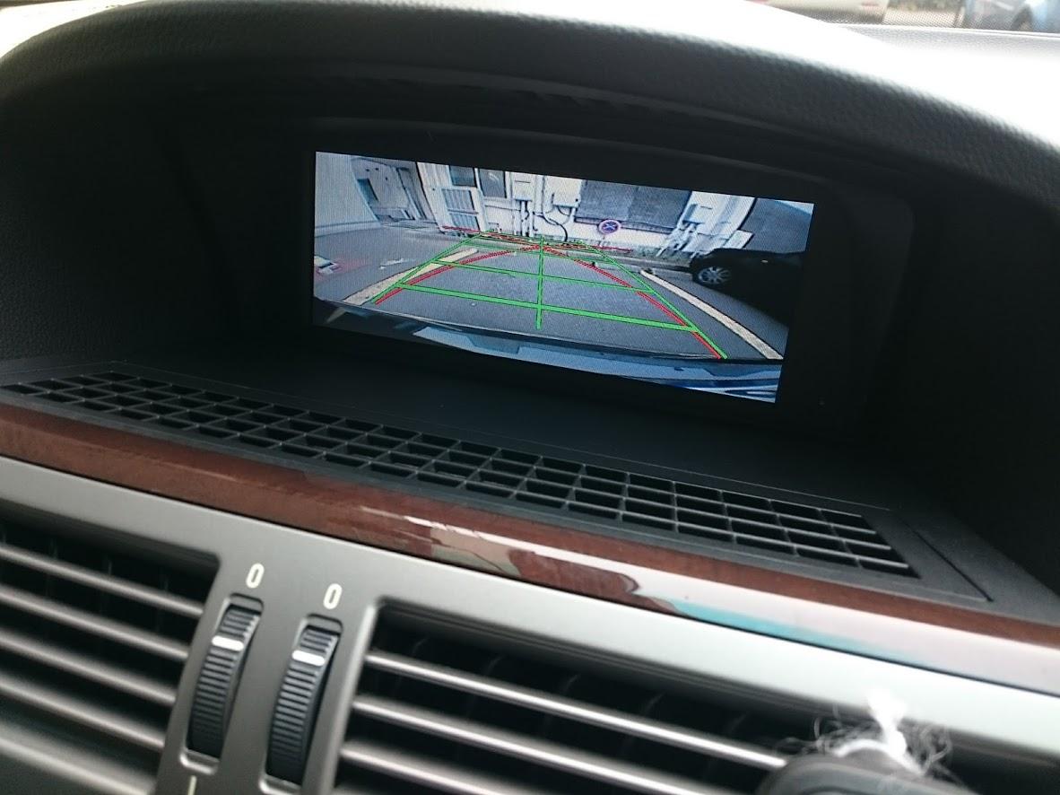 BMW650i AVインターフェィス・地デジチューナー・バックカメラ取付